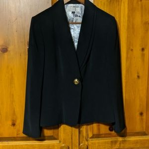 Tahari Arthur S Levine Black Blazer  Size 12